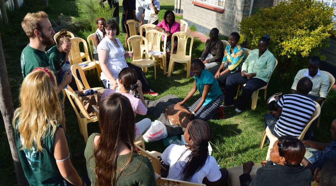 A group of medical volunteers attend a medical workshop in Kenya during their internships with Projects Abroad.